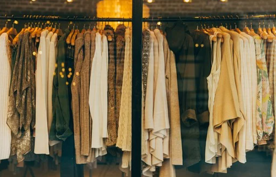 webs vender ropa usada